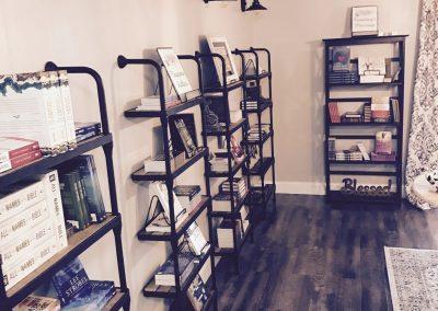 Nac Naz Bookstore